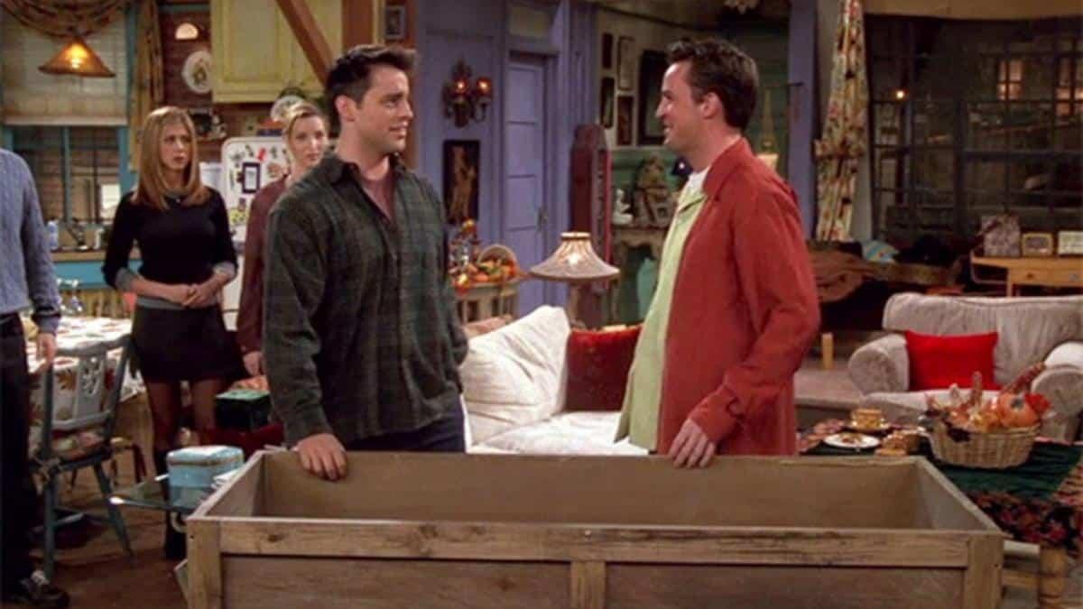 El de Chandler en una caja - 4x07